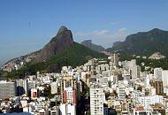 Favela Chácara do Céu avança para o outro lado do morro - Foto: André Teixeira / O Globo