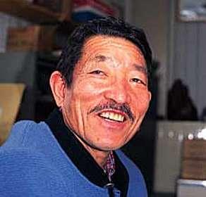 Tomiyasu Ishikawa alcança a cume dos sete pontos mais altos do mundo aos 71 anos